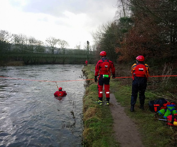 Kendal Mountain Rescue water rescue.